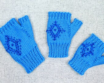 Knitting Pattern: Anna's Fingerless Mittens, Blue Snowflake Costume Gloves inspired by Disney's Frozen