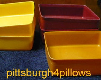 Reduced - Tupperware Containers W / Lids - 670 - Some Wear and Discolored But In Good Shape - Price Is For All