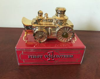 Vintage Avon First Volunteer Fire Engine Decanter
