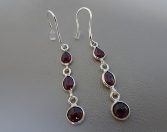 Sale!! 20% OFF!! Silver earrings with gemstone Garnet-dangling-sterling silver-Silver earrings with Garnet-925 Silver