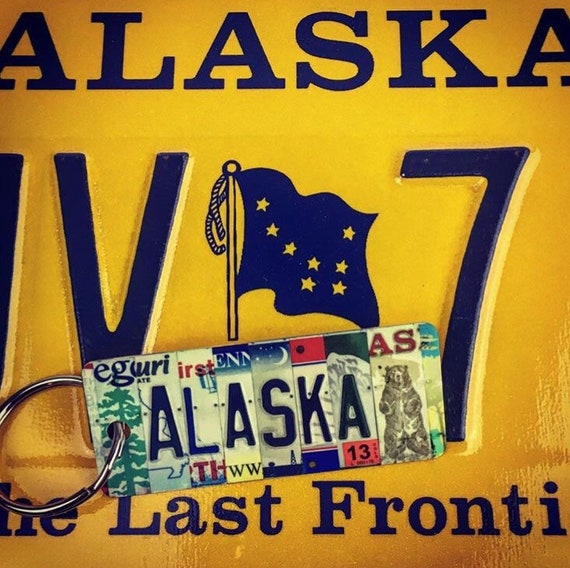 Alaska License Plate Keychain -Key Ring bag tag - Gift for Mom / Wife / Daughter / Friend