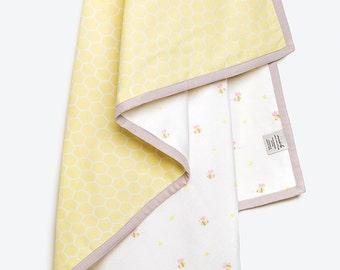 Buzzing Bee-Organic Cotton Baby Blanket, Baby Girl Gift, Bee Baby Blanket, Baby Blanket, Bee, Baby Shower Gift
