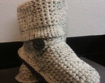 """Crochet Boots """"Oatmeal Cookie"""" Sweater Boots size Small(5-6.5) """"4in1"""" style (Oatmeal color with multi-color flecks) Crochet Slippers Knit"""