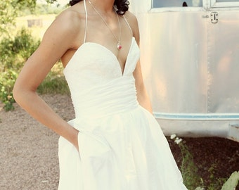 Wedding Dress with Pockets - Darling Nikki