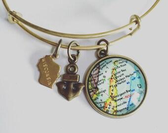 Door County Wisconsin Map Charm Bangle Bracelet - Map Jewelry - Ephraim - Sister Bay - Egg Harbor - Baileys Harbor - Sturgeon Bay