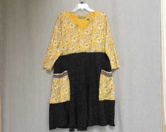 Upcycled Plus Size Tunic or Dress , Yellow And Black Daisy Floral Print Loose Fit 2X Dress ,