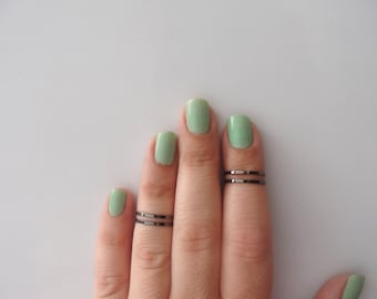 4 Above the Knuckle Rings - Plain Band Knuckle Rings, Black thin rings - set of 4 midi rings, unique gift for her