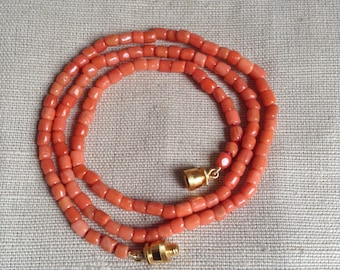 1910's coral necklace.