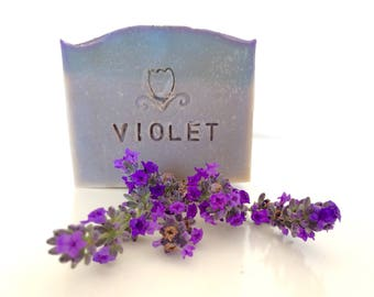 Handmade soap violet with violet and lavender-100g or 1 kg of soap with extra virgin olive oil, saponification cold.