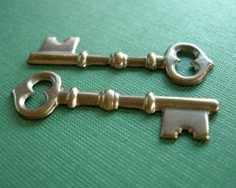 vintaj brass skeleton key, brass key, 43 x 13mm, two pieces brass key