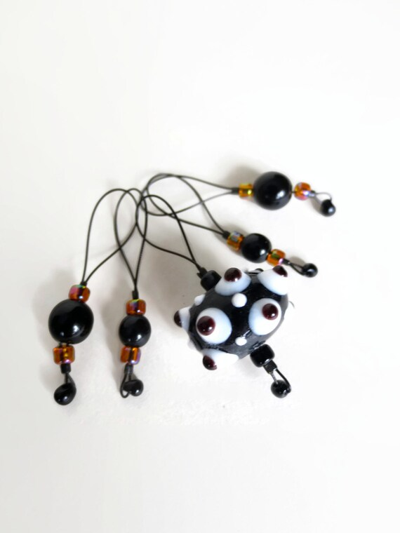 knitting stitch markers / lamp work glass / black and white / accessory / snag free stitchmarkers / popular knitter gift / pancake and lulu