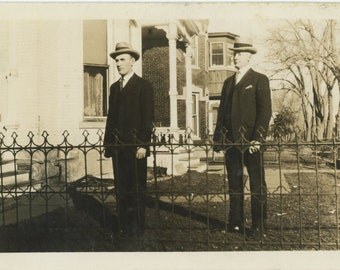 Vintage Snapshot Photo: Other Side of the Fence [85676]