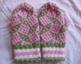 Watermelon Mittens Toddler Child Wool Pink Green and White Geometric
