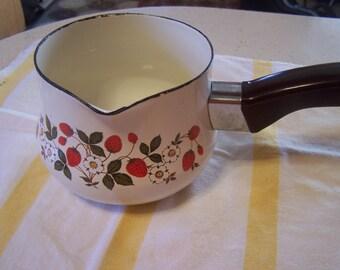 Vintage Enamel Pot, Farmhouse kitchen