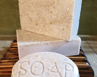 Lavender & Oats A Gentle Cleansing Soap for Sensitive and Delicate Skin