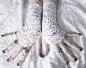 Lace Gloves Fingerless | White Embroidered Floral Paisley Scroll | Wedding Bridal Bohemian Romantic Gloves Woodland Rustic Gothic | Vera