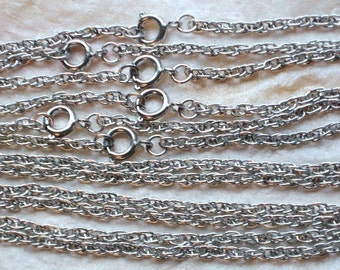 """ChaiNs SaLe Vintage Lot 12 Rope Necklaces Silver Tone 16"""" Inch Pendants Jewelry Making 1970's Arts Crafts Choker Style Green Upcycle Charms"""