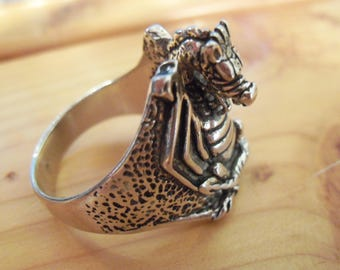 Medieval Dragon Deluxe Ring