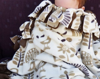 Baby No Sew Blanket, Neutral Colour Toddler Blanket, Cot Lion Alphabet Quilt