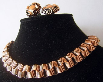 Bold Copper Necklace Earring Set Vintage 1950s - made in Austria &  Lovely - clip on domed scrolls