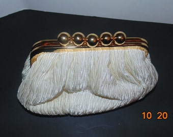 VINTAGE carla Marchi clutch pleated purse bag with gold colored hardware cream fortuny
