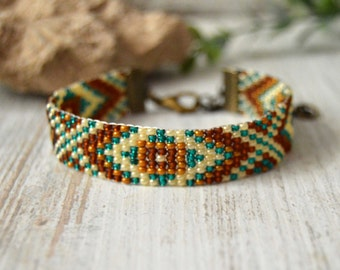 Native American Beaded Bracelet, Seed beads, Bead Loom Bracelet, Beadwork Bracelet, Beaded Bracelet, Boho Bracelet