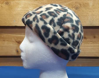 Fleece hat, adult size, leopard print