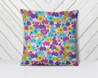 """Mod Vintage Floral Decorative Throw Pillow, 16"""" x 16"""" with insert"""
