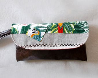Clutch in Brown faux leather fabric and antique tropical with Parrot, strap