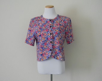 FREE usa SHIPPING Vintage 1980s women's cropped top/blouse/short sleeves oversized floral button up blouse size M