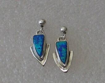 Kleine Opal Sterling Post Ohrringe