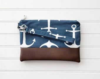NAUTICAL COLLECTION - Grey Arrow Mommy Clutch - Wallet Clutch - Small handbag - Black Wristlet - Wallet Clutch