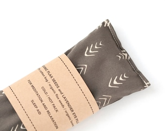 Lavender Eye Pillow - Relaxation - Spa gift - Eye pillow - Organic flax pillow - Aromatherapy - Arrows - Yoga - Eye bag - Gift - Heating pad