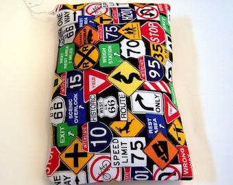 Verkehrszeichen mit Reißverschluss Tasche