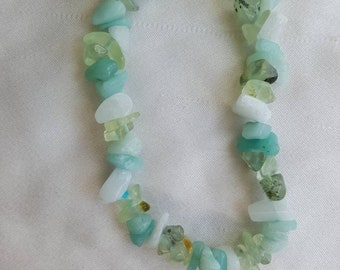 Serenity crystal chip bracelet combination of white Agate, Prehnite and Amethyst. Energy Balancing.