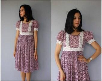 Vintage 1970s Dress | 1960s Dress | 70s Dress | Empire Waist Dress | 1970s Crochet  Dress | 1970s Midi Dress | 60s Dress - (medium)