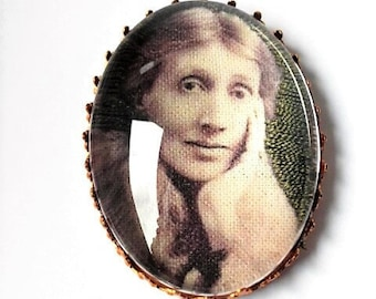 Virginia Woolf hand embroidered brooch