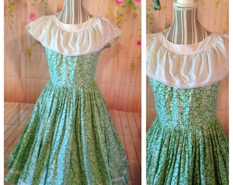 Vintage 50's Cotton White and Green Floral Dress