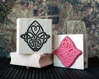 Celtic Love knot rubber stamp from oldislandstamps