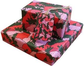 Strawberry Gift Wrap