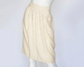 Louis Feraud 1980s Vintage Cream Rose Print Jacquard Silk Pleated Skirt Sz S