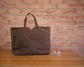 Sample Sale/ Waxed Canvas Big Tote in Olive Brown - Carry All Bag