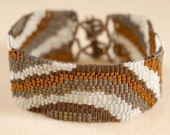 Copper color waves bracelet