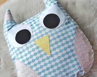 Owl / Owl Cushion / Owl Pillow / Owl Plush / Owl Nursery / Animal Pillow / Nursery Decor / Woodland Nursery / Woodland Animals / Baby Gift
