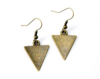 Antiqued Brass Triangle Dangle Earrings - Geometric Triangle Earrings Modern Minimalist - Bridesmaids Gifts Ideas