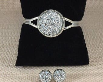 Silver Druzy Jewelry Set - Druzy - Silver - Druzy Bracelet - Druzy Earrings  - Jewelry - Silver Druzy Earrings - Silver Druzy Bracelet -