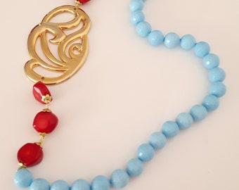 Elegant necklace with vintage turquoise stone