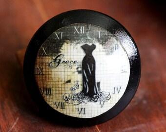 Vintage Knob Time of Grace Door Pull