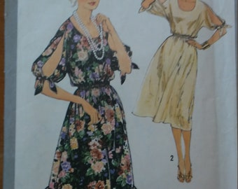 Vintage Simplicity Pattern 8586/Vintage Simplicity Dress Pattern/Vintage Kimono-Type, with Tied, Slit Sleeves/Made in the USA!