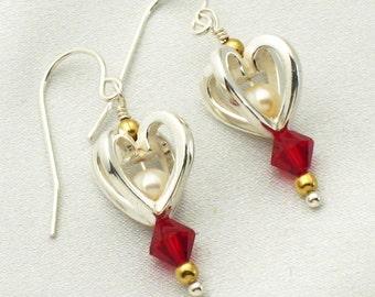 Small heart earrings - garnet crystal